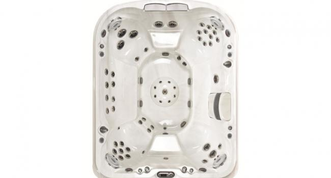 View from above on Jacuzzi® PREMIUM J-495