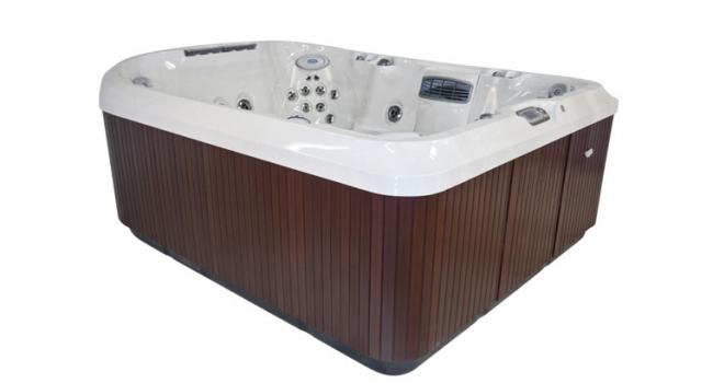 Jacuzzi® spa PREMIUM J-495 from side