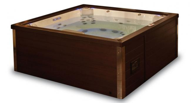 Jacuzzi® spa PREMIUM J-LXL ready for use