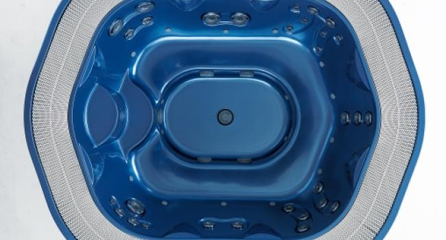 View from above on overflow Jacuzzi® spa SIENNA